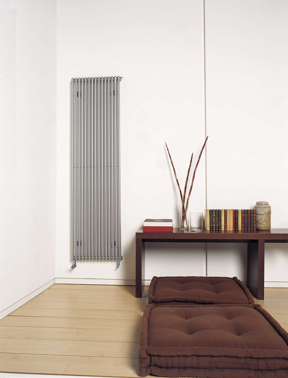 K va vertical simple hk acova for Radiateur decoratif chauffage central